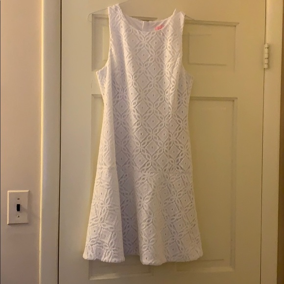Lilly Pulitzer Dresses & Skirts - White lily Pulitzer dress